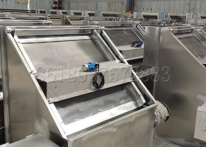 Inclined Sieve Fertilizer Solid-liquid Separator
